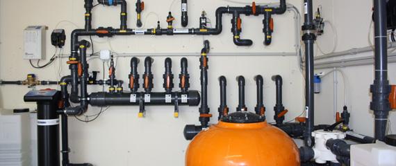 Acquafertpool impianto filtrazione a sale e cloro acquafert divisione pool - Piscina a sale ...