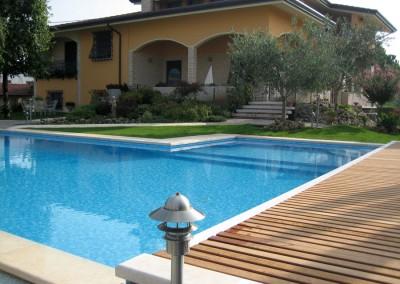 Acquafert progetto giardino con piscina residenziale (2)