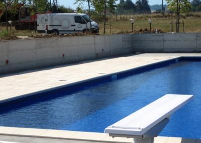 Acquafertpool Piscina privata acqua blu trampolino