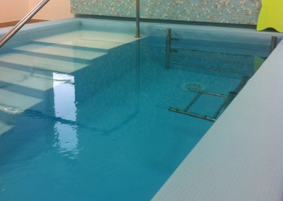 Acquafertpool ingresso in acqua piscina riabilitativa